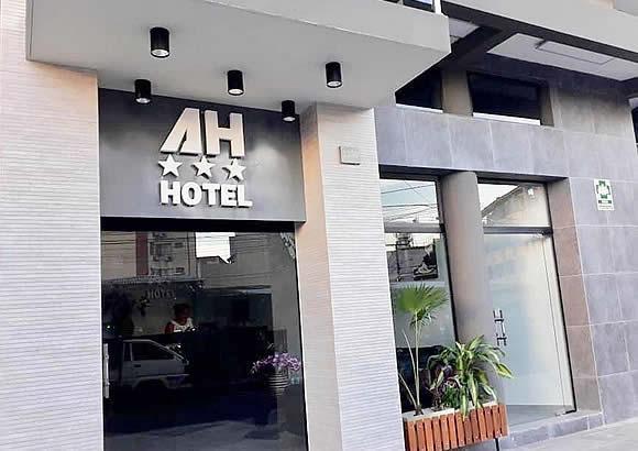 AH HOTEL * * *