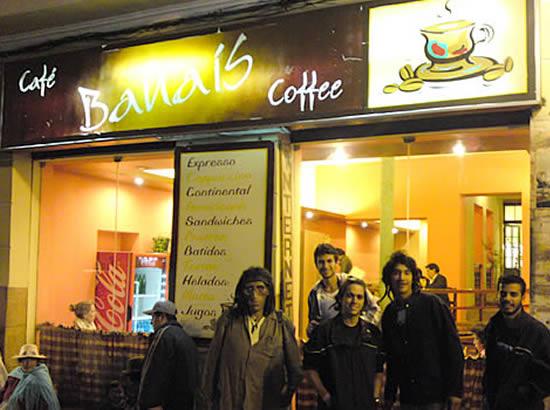 CAFÉ BANAIS