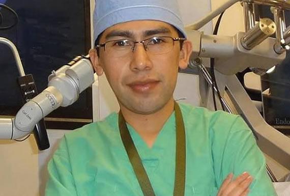 DR. EDGAR M. CARRASCO – NEUROCIRUJANO