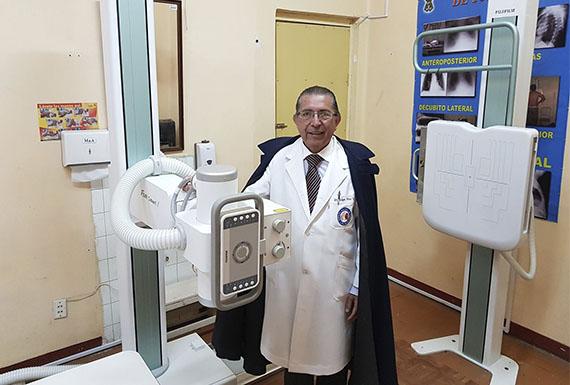 DR. EDGAR POZO VALDIVIA