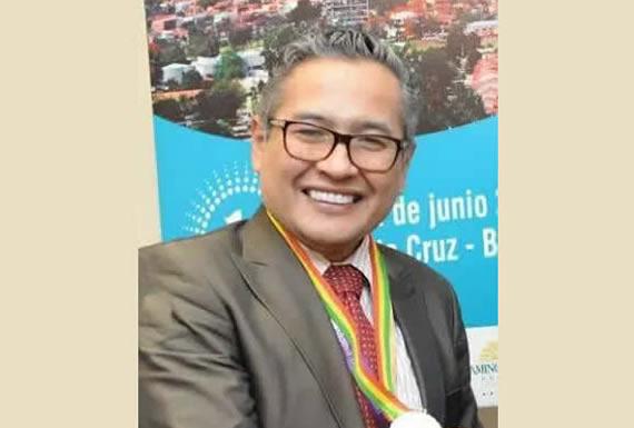 DR. IGNACIO TAPIA VARGAS