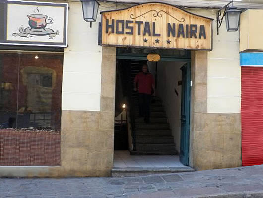 HOSTAL NAIRA * * *