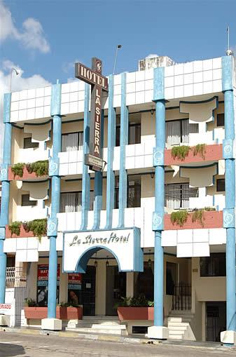HOTEL LA SIERRA * * *