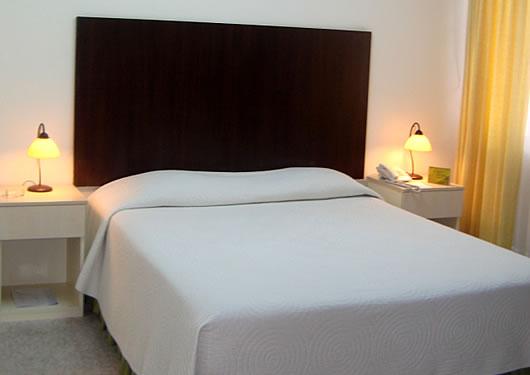 LOS DELFINES APART HOTEL * * * * *