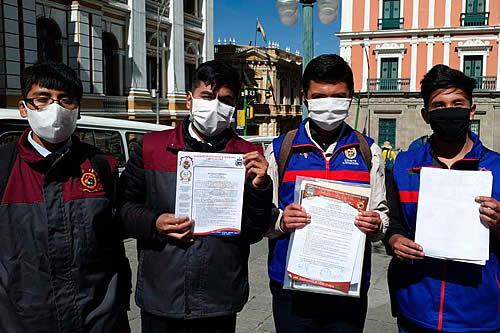 Federación de Estudiantes exige que nadie sea reprobado y que todos pasen con 51