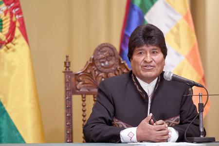 Morales confía en que nuevos magistrados cambiarán la imagen de la justicia boliviana