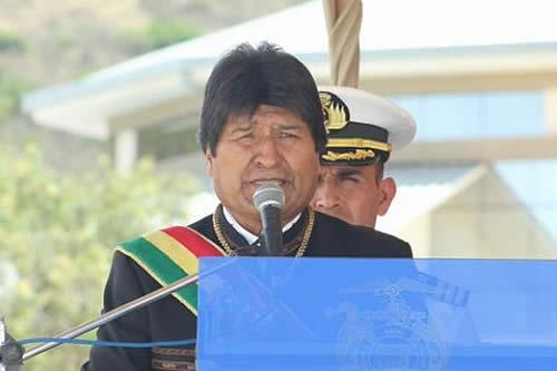 Evo Morales cree que opositores serán financiados desde Chile, Brasil y EEUU