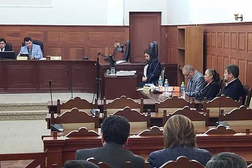 Justicia levanta el arraigo contra Samuel Doria Medina