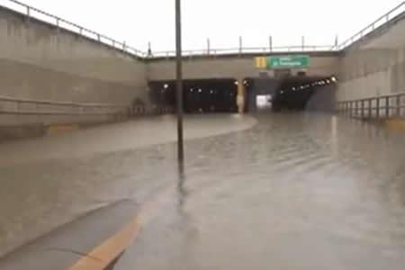 Ferreira: Se abren desagües y evacúan familias cruceñas