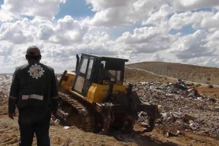 Senasag destruye más de 23 toneladas de productos decomisados en frontera con Argentina