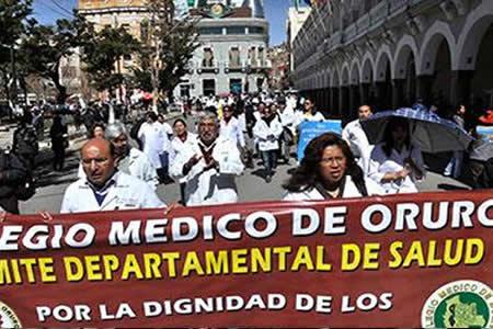 Médicos de Oruro buscan alianza con otros sectores para abrogar el Código