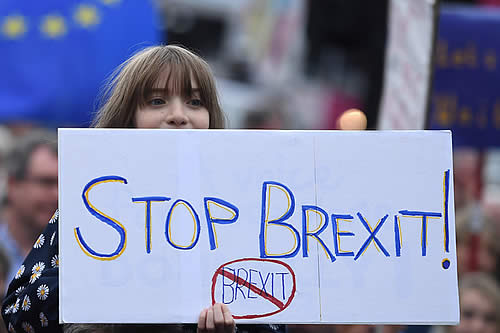 Reino Unido puede poner fin al 'Brexit' unilateralmente, afirman desde el máximo tribunal de la UE