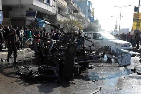 Al menos 8 muertos por una explosión en un microbús en ciudad siria de Homs