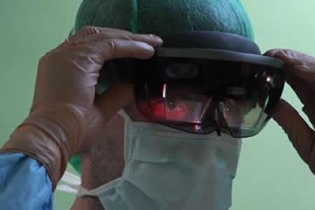 Primera operación quirúrgica efectuada gracias a la realidad aumentada