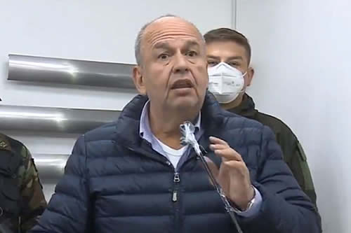 "Murillo denuncia que ""autoconvocados"" de K'ara K'ara querían secuestrar a viceministro Issa"