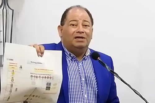 Romero afirma que el país trabaja con normalidad y que 5 mil bloquean