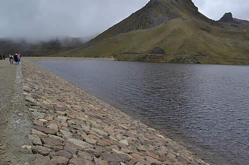 Gobierno espera propuestas para ejecutar proyecto hidroeléctrico Paranturi en Potosí
