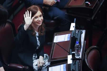 Juez pide desafuero de Cristina Fernández para detenerla por pacto con Irán