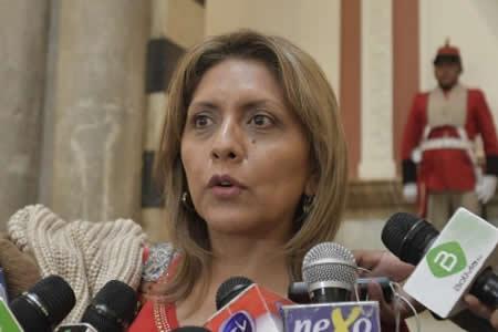 Gobierno pide evitar violencia y racismo en protestas convocadas por cívicos de Santa Cruz