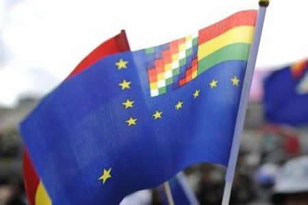 Morales valora iniciativa de elaborar bandera de reivindicación marítima de 5 Km
