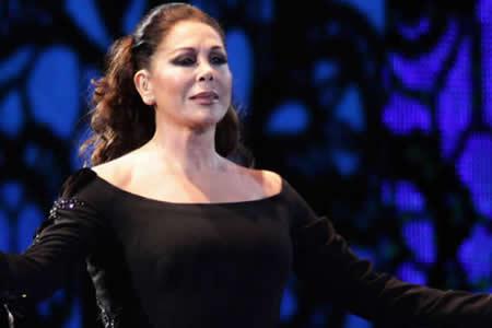 Isabel Pantoja aplaza sus conciertos en Miami y P.Rico al denegarle el visado