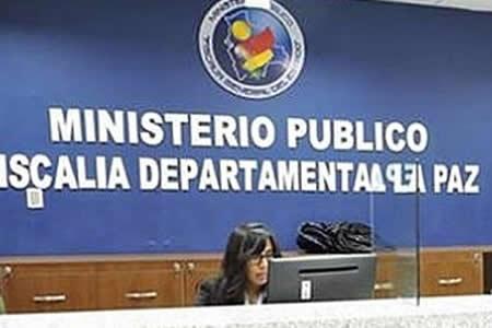 Ministerio Público procesa a fiscal denunciado por mineros
