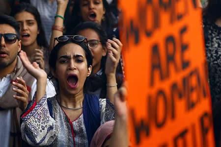 La ola del #MeToo contra el acoso sexual rompe la ley del silencio general