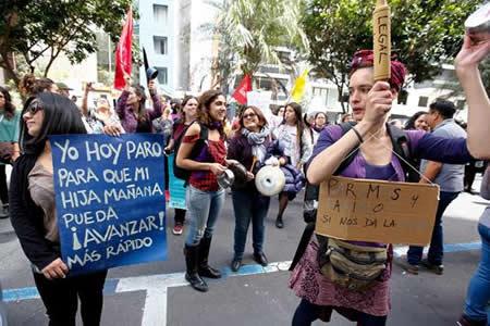 Actos en todo el mundo reclaman la igualdad efectiva entre mujeres y hombres