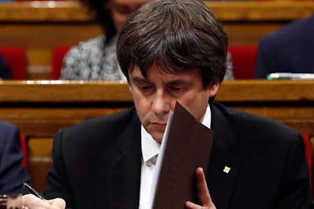 Puigdemont ya está acreditado como diputado en Parlamento catalán