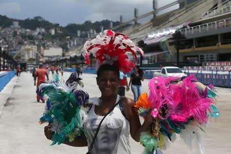 El Sambódromo de Río de Janeiro se prepara para vestirse de magia y color