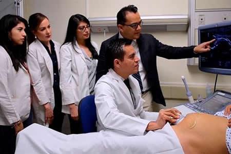 México, pionero en tratamiento de malformaciones de feto dentro del vientre