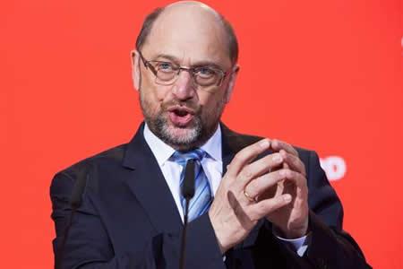Schulz renuncia a ser ministro de Exteriores y a entrar en Gobierno Merkel