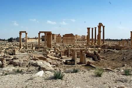 Al menos 31 muertos en choques entre EI y el Ejército sirio cerca de Palmira