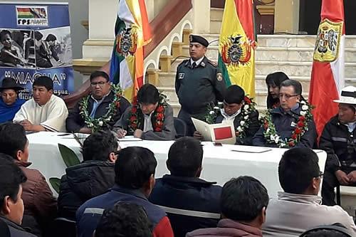 Presidente recibe proyectos de municipios de Potosí para Mi Agua IV con inversión de Bs 176 millones