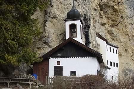 Se busca ermitaño sin sueldo y sin internet para vida reposada en Salzburgo