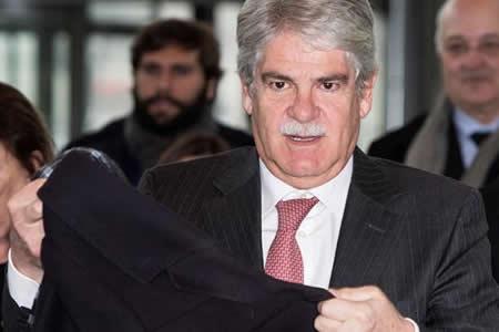 """Gobierno español garantiza que la """"normalidad"""" volverá pronto a Cataluña"""