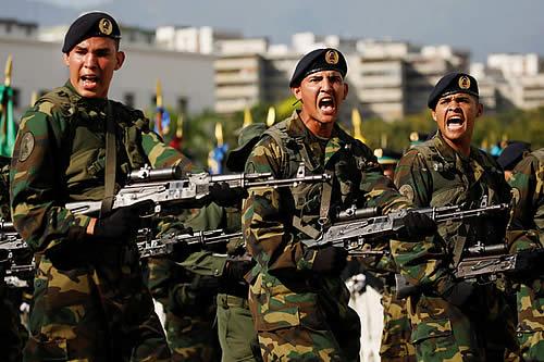 """Maduro da inicio a los ejercicios militares """"más importantes"""" de la historia de Venezuela"""
