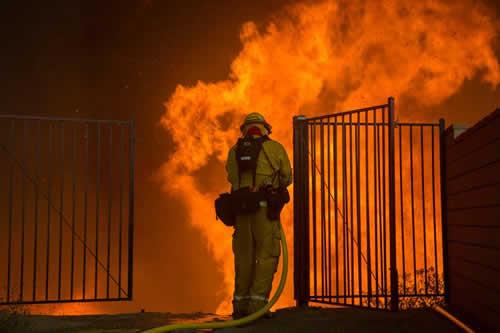 Un nuevo incendio en California arrasa más de 7.300 hectáreas en cinco días