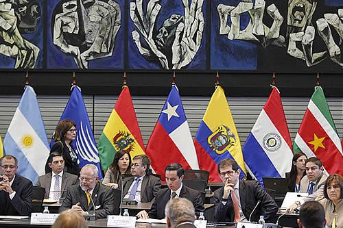 Colombia se retira de la Unasur