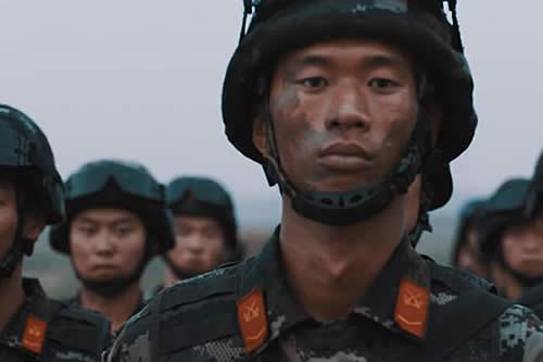 Como una película épica: Así recluta China a sus futuros soldados