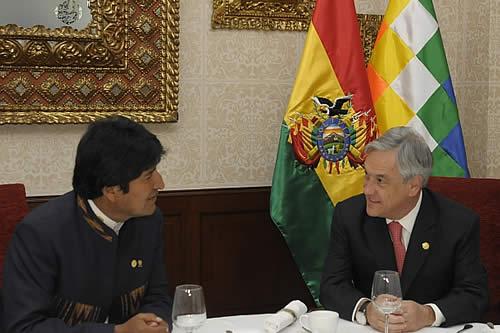 "Piñera dice que dialogará con Bolivia si abandona ""absurda"" demanda de acceso al mar por Chile"
