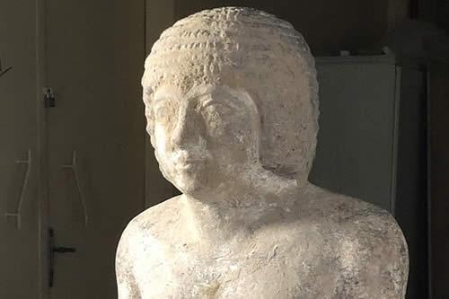 """Hallan en Egipto una tumba del """"guardián secreto"""" y """"único amigo"""" de un faraón"""