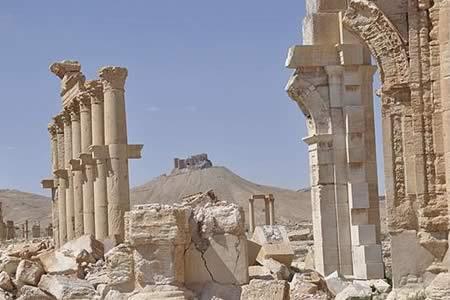 Autoridades sirias afirman que EI ha vuelto a dañar antigüedades en Palmira