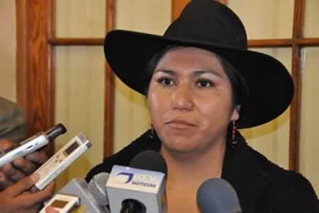 Paco destaca histórica participación de la Iglesia Católica en ceremonia interreligiosa en Sucre