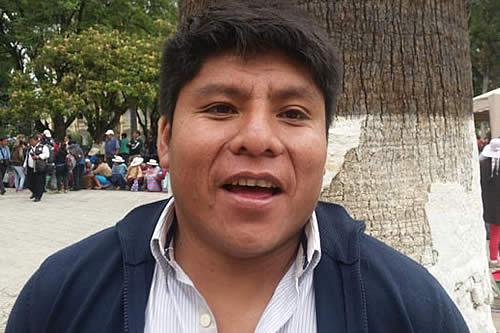"""Loza dice que coca de Yungas y Chapare """"es la misma hoja"""""""