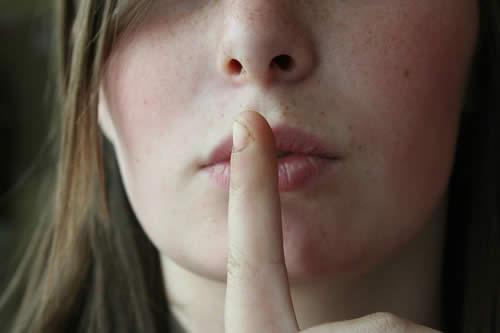 Los secretos que nos avergüenzan nos atormentan más que los de culpabilidad