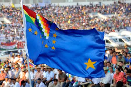 Movimientos sociales prevén extender bandera de 70 km en apoyo a demanda marítima