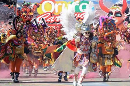Esplendoroso Carnaval de Oruro seduce otra vez a Bolivia