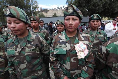 Las mujeres se abren paso en las Fuerzas Armadas de Bolivia