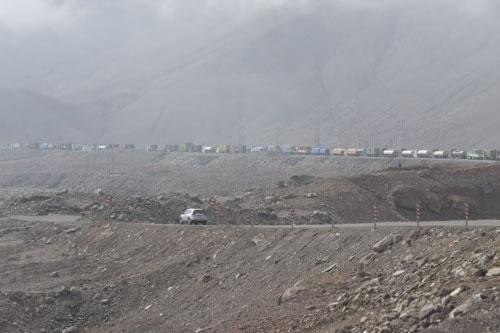 Transporte Pesado reporta que más de 400 camiones están varados en carreteras de Chile